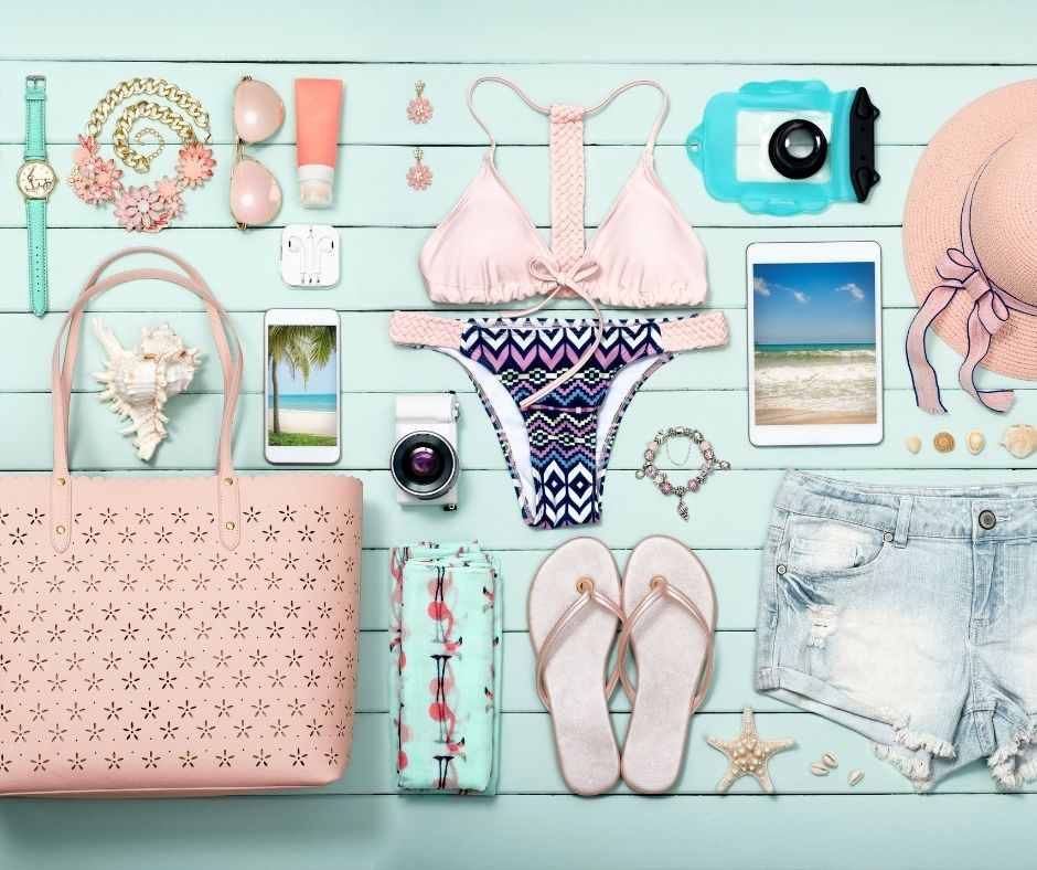 Gift-Ideas-for-her-Personalized Accessories (1)